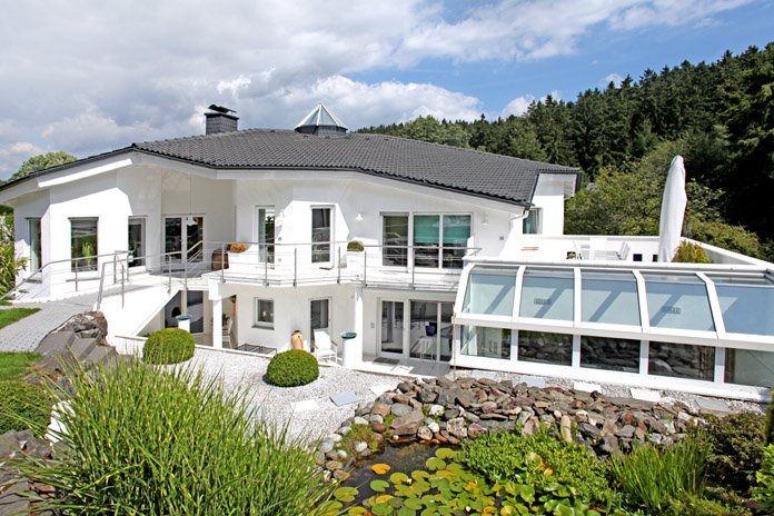 Villa villen immobilien fotograf frankfurt for Moderne villen deutschland